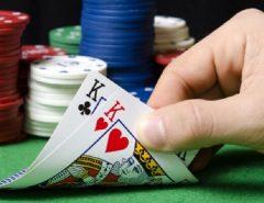 Trik menggandakan taruhan pada judi kartu