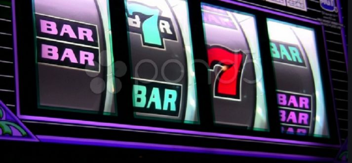 Judi-Casino-Slot-Online-Bonus-Gratis-Spin-713x330 Bermain Taruhan Online Makin Mudah Loh