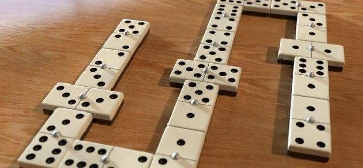 bermain judi domino online